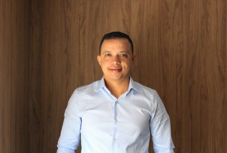 Ozias Honorato, mais novo franqueado da DR. Fiscal